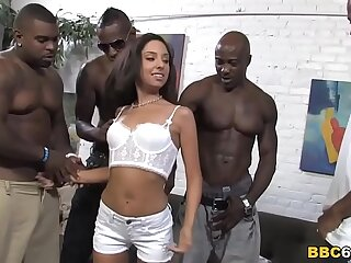 Extrem Anal Gangbang With Petite Trinity St. Clair