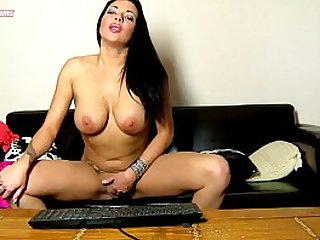 Webcam porn with Jordan Perry. Sex online with the best webcamer of futurcams.com . Jordan Perry in live.
