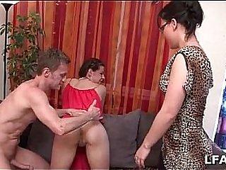 casting porno de Candice d une amatrice francaise qui prend bien dans le cul