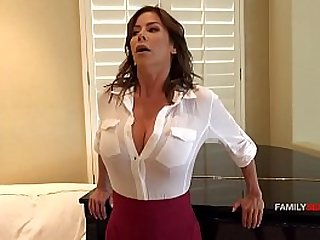 Mommy loves her sons cock the best