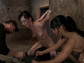 Elise Is Held Down By Her Own Huge Nipples, Held Down On A Sybianany Movement Is Nipple Pain - HogTied