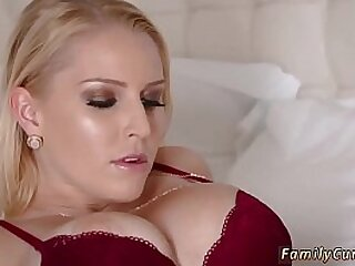 Slut in stocking takes thick cock